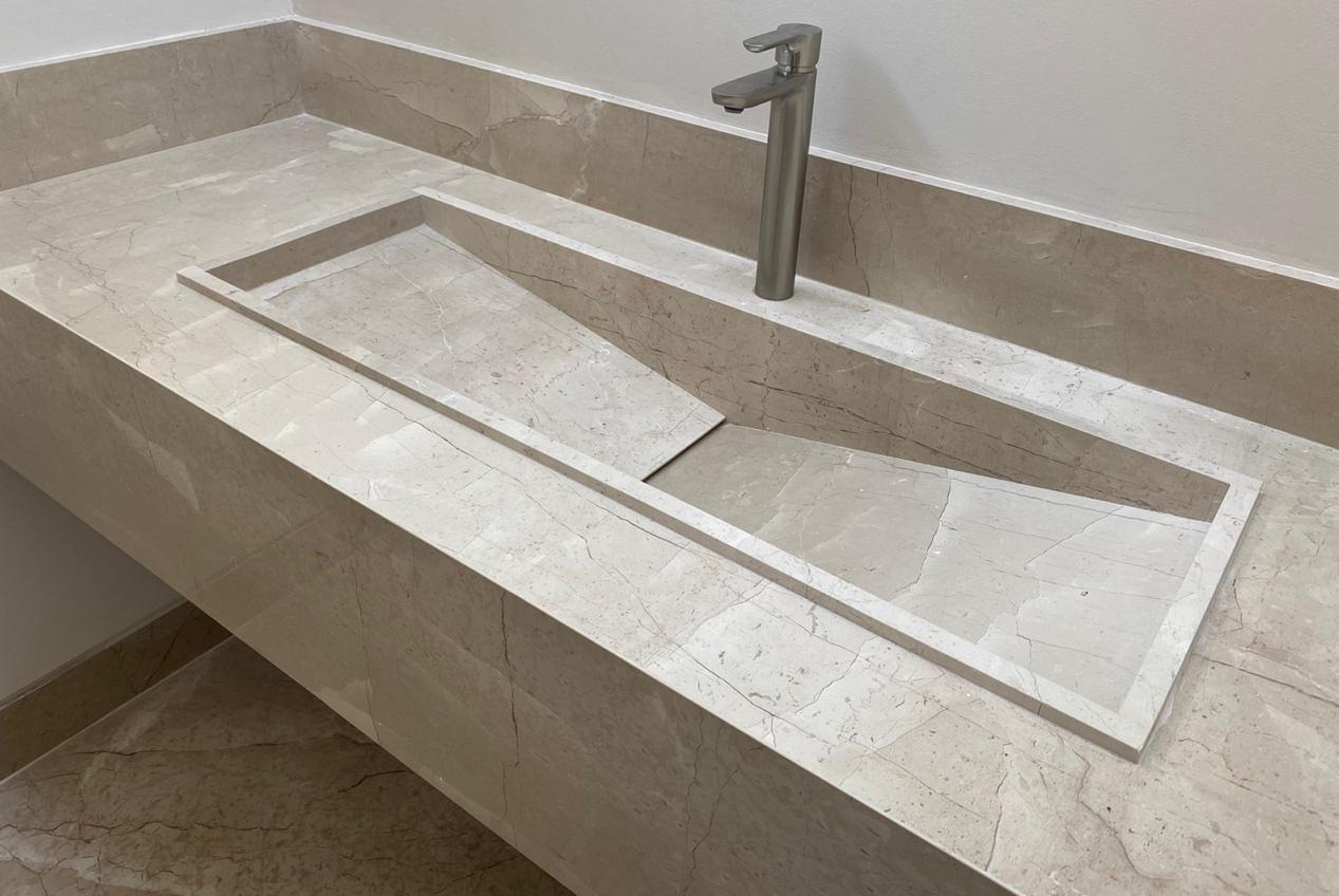 Cubiertas de marmol beige maya